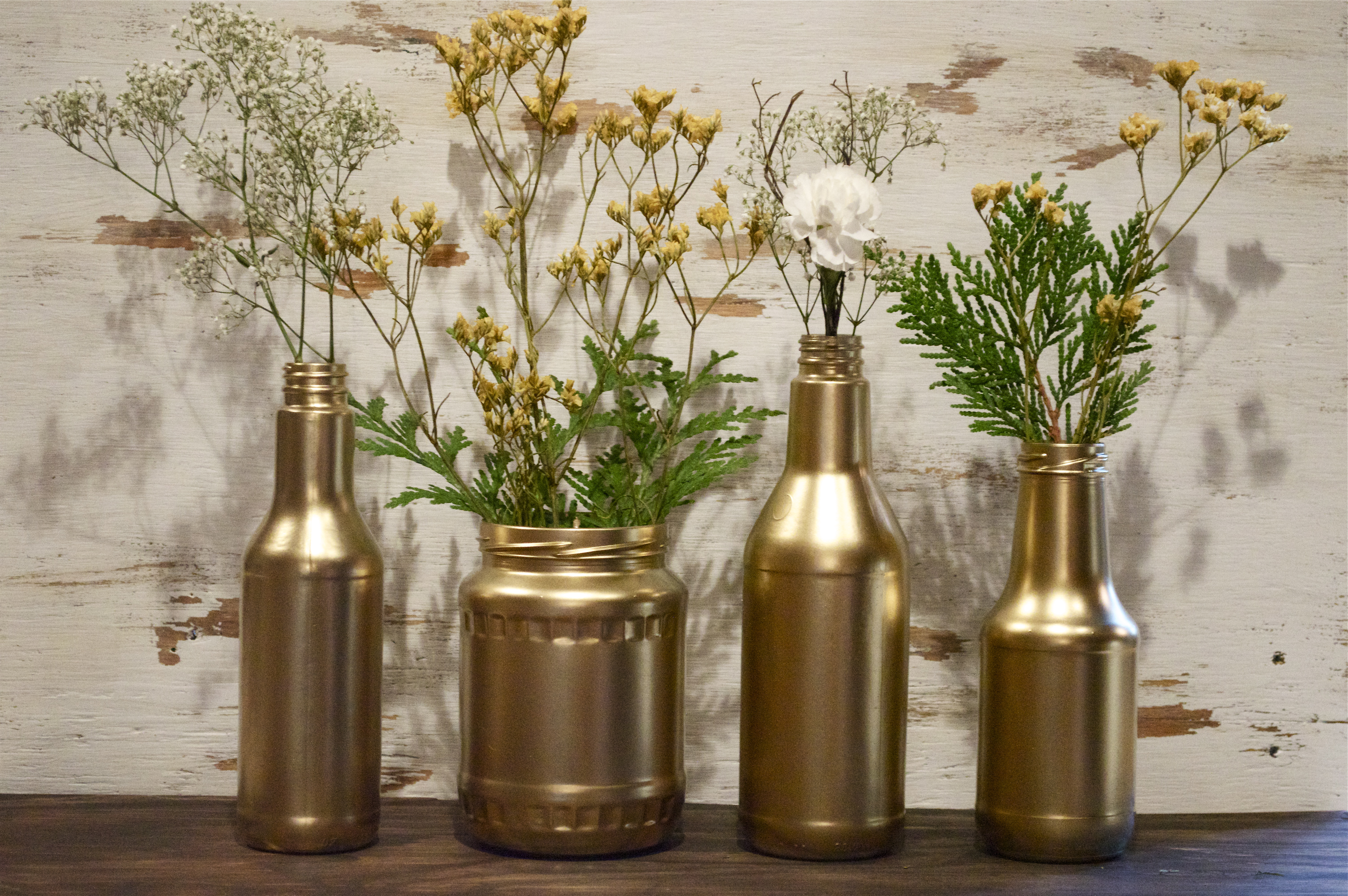 Diy recycled gold vases wonderfully made if youre new to diy projects or just dont have hours on end to spend crafting during the holidays this project is for you i almost dont want to call floridaeventfo Gallery